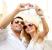 Ingin Memamerkan Kemesraan dengan Pasangan? Baca Dulu Aturan Ini