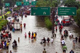 Masalah Banjir: Rakyat dan Pemerintah Harus Saling Kerja Sama