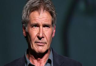 Harrison Ford Tetap Syuting Walau Cedera Pergelangan Kaki