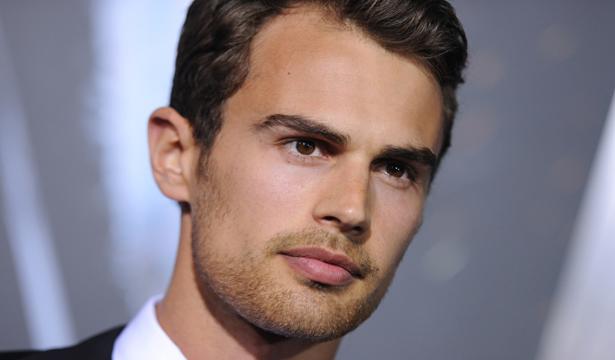 Theo-James-(3)