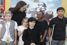 Anak-anak Angelina Jolie Kini Mulai Tumbuh Besar
