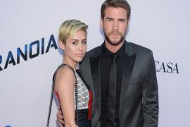Miley Cyrus Kembali Berpacaran dengan Liam Hemsworth
