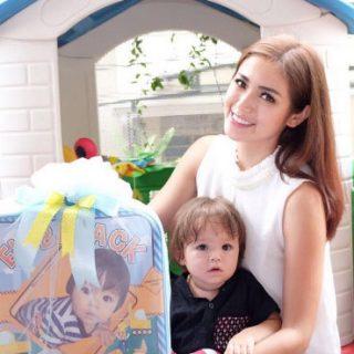 Jessica Iskandar mengajarkan El Barack Alexander untuk menjadi pribadi yang mandiri