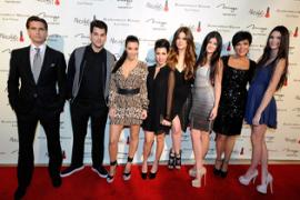 Selingkuh Hingga Bercerai, Inilah Drama Cinta Keluarga Kardashian