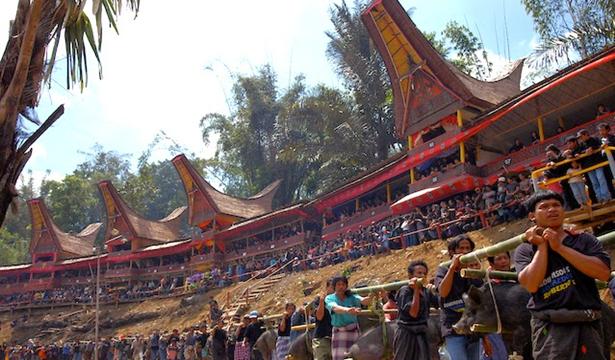 Rambu Solo, Toraja