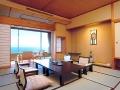 3. Menginap di Hotel Tradisional ala Jepang