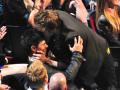 11. Pernah berciuman dengan Robert Pattinson