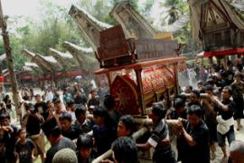Kisah Ritual Pemakaman di Tana Toraja