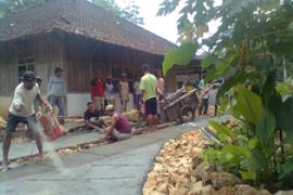 Mengenal Budaya Gugur Gunung Asal Tanah Jawa
