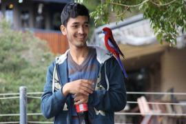 Remaja 19 Tahun Selamatkan 55 Anak Yatim Piatu Asal Nepal