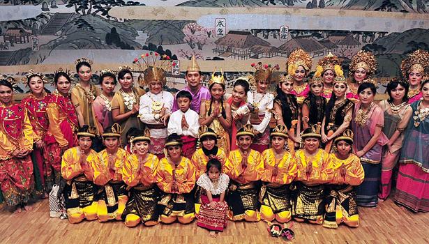 Indonesia-menari