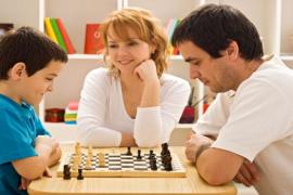 Pentingnya Mengajarkan Permainan Catur Pada Anak