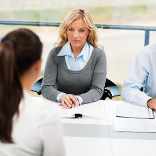 Tata Rias Memiliki Pengaruh Saat Wawancara Kerja