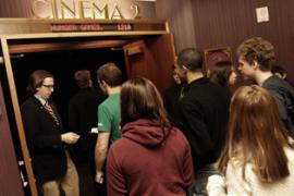 Ke Bioskop