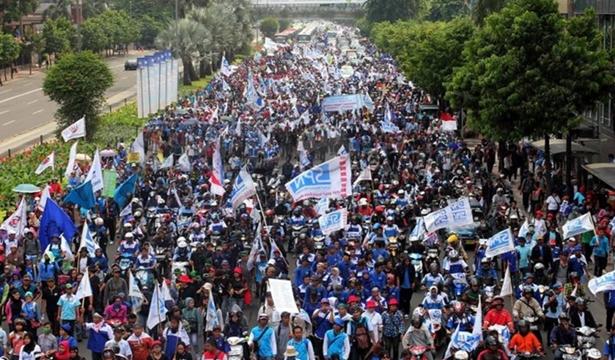 Demo Buruh (4)