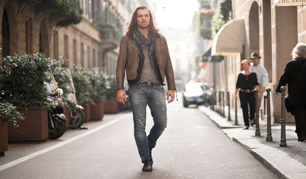 Men-Walking