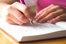 Karakter Berdasarkan Tulisan Tangan